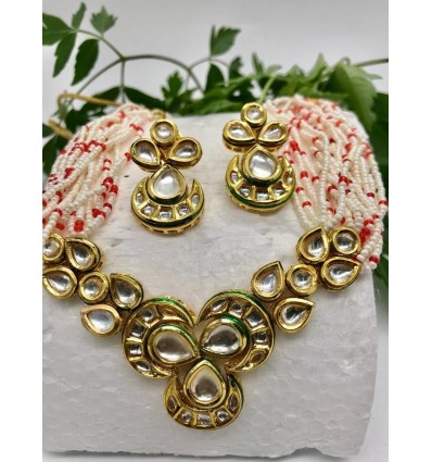 Kundan neck line in red and white